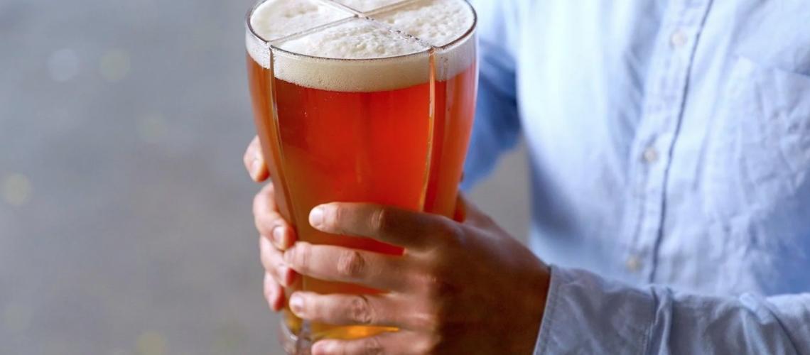 Verre à bières intelligent